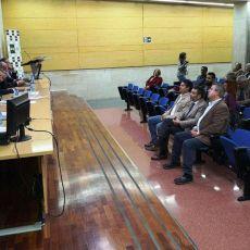 Los vecinos recuerdan a PP y PSOE que son responsables de garantizar la llegada del AVE sin hipotecar el crecimiento futuro del municipio