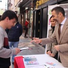 El Grupo municipal presenta 'MC, Contigo', la iniciativa de atención directa al vecino a pie de calle