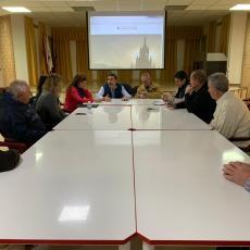 El Grupo municipal MC mantiene un provechoso encuentro de trabajo con los vecinos de Barrio Peral