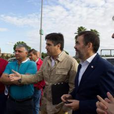 MC promueve que el Ayuntamiento subvencione la instalación de mamparas en los taxis del municipio