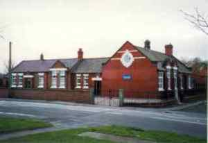 Thomas Wedge School, Church Road, Saughall as it looks today.