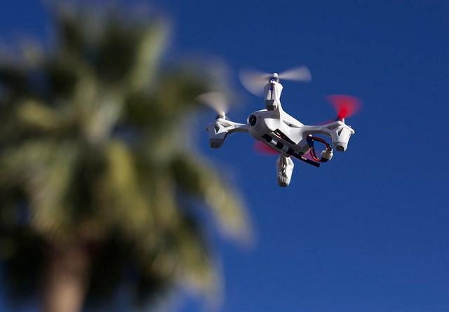 drones vs robots