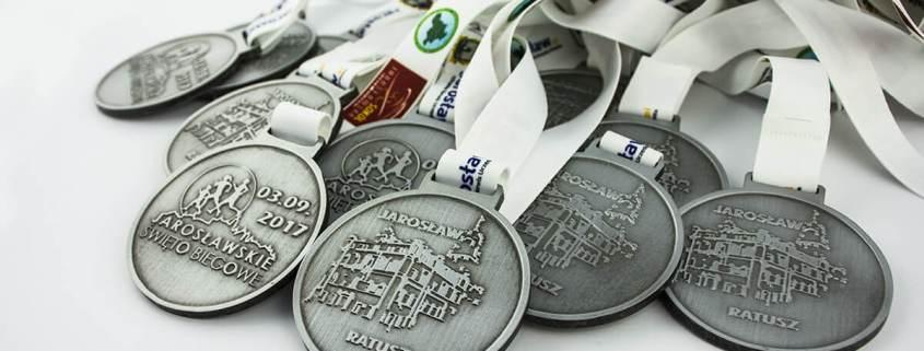 Medale sportowe na zamówienie zrealizowane na potrzeby Jarosławskiego Święta Biegowego