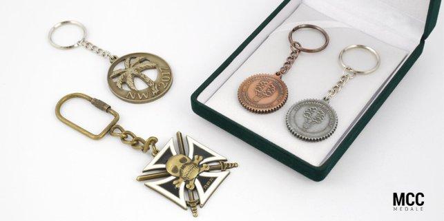 Breloczki na zamówienie - projekty MCC Medale