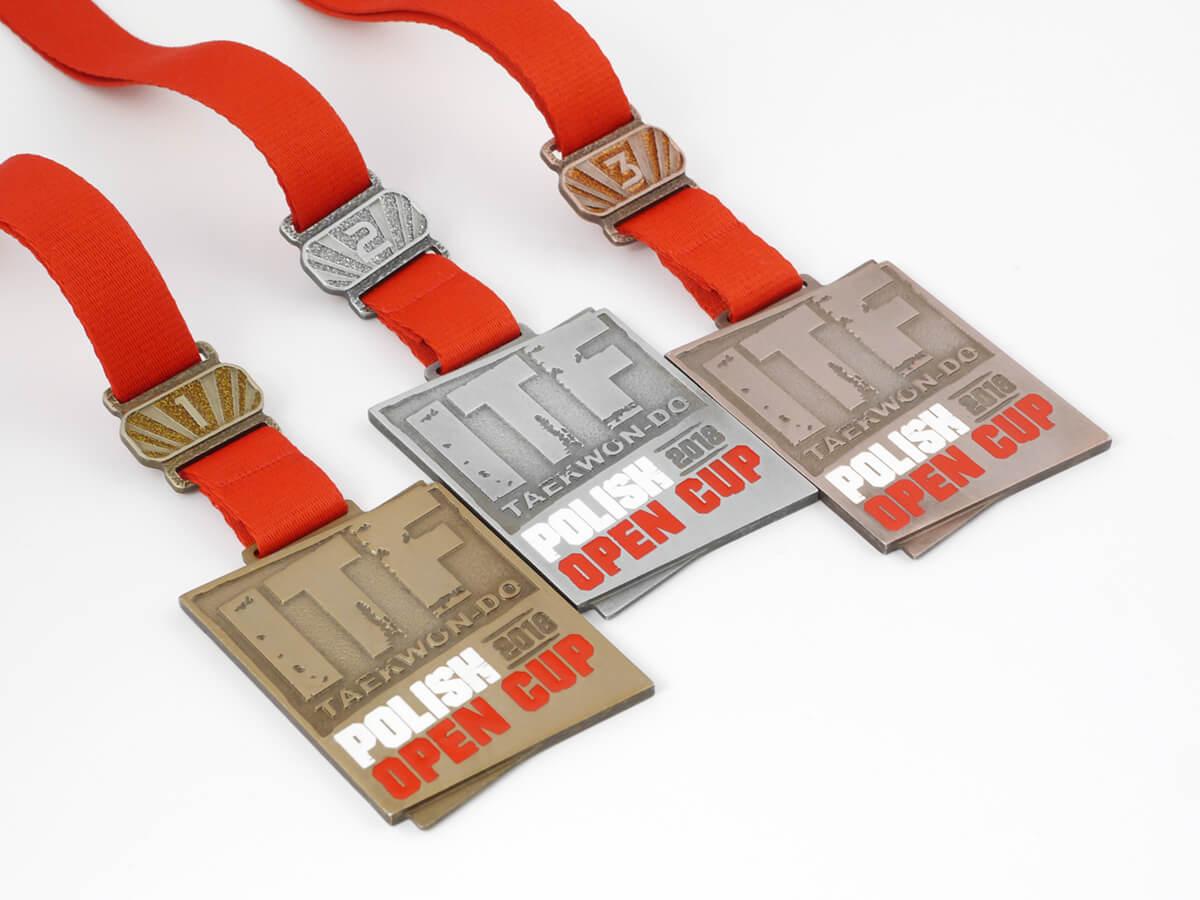System nakładek na medale Medal Ranks zaprojektowany przez MCC Medale