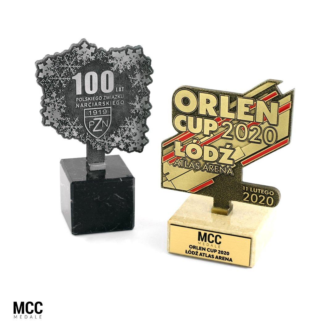 Wyprodukowane na zamówienie statuetki metalowe