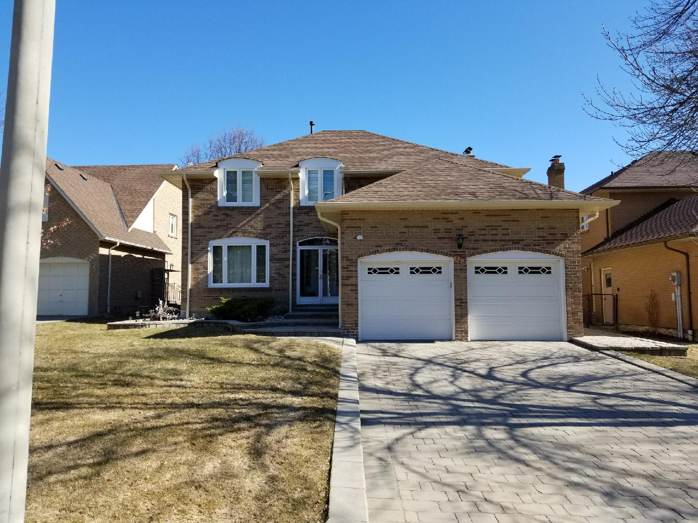 5212-charnwood-cres-front-2