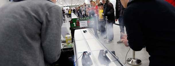 Formel 1 in der Schule: Wer baut den schnellsten Renner?