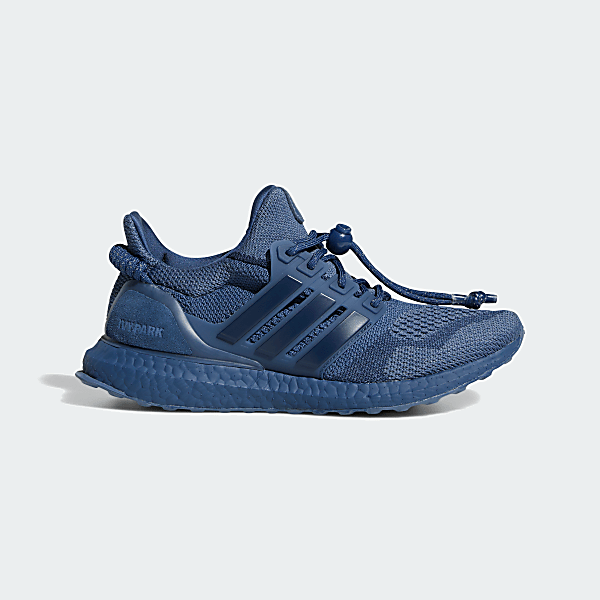 IVY PARK ULTRABOOST OG SHOES Night Marine / Collegiate Navy / Tech Ink adidas x Ivy Park Rodeo