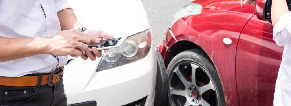 Car crash caused a car defect near Houston