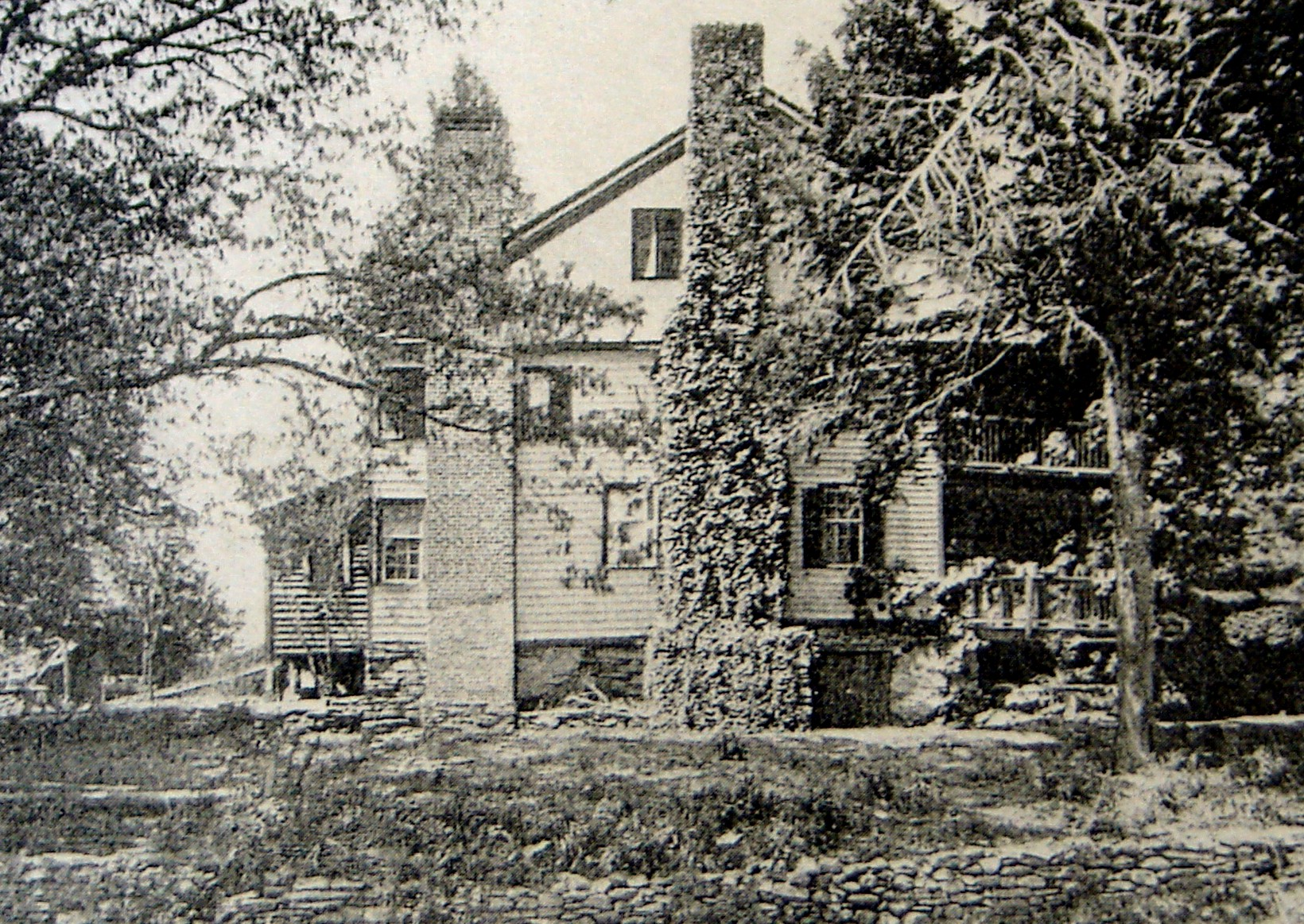 This photo from 1908 shows a rare view of the Carson House from across Buck Creek. (Photo courtesy Carson House Library)