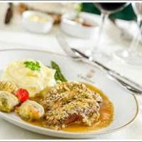 Restaurante Ca'd'Oro está de volta com sua cozinha clássica italiana e pratos que fizeram a história do local