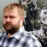The Walking Dead: Robert Kirkman tiltille les fans des comics