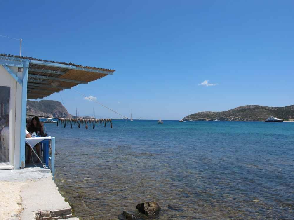 Petit restaurant de bord de mer à Ag Georgio, Antiparos