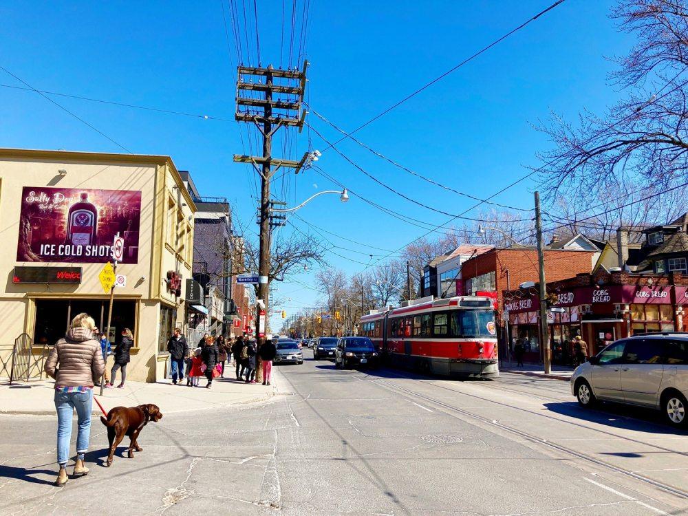 Queen street dans le quartier The Beaches de Toronto