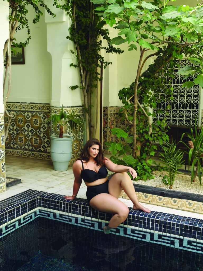 Gabrielle Threlfall au Maroc pour le photoshoot de la collection de maillot 2017 de SKYE +