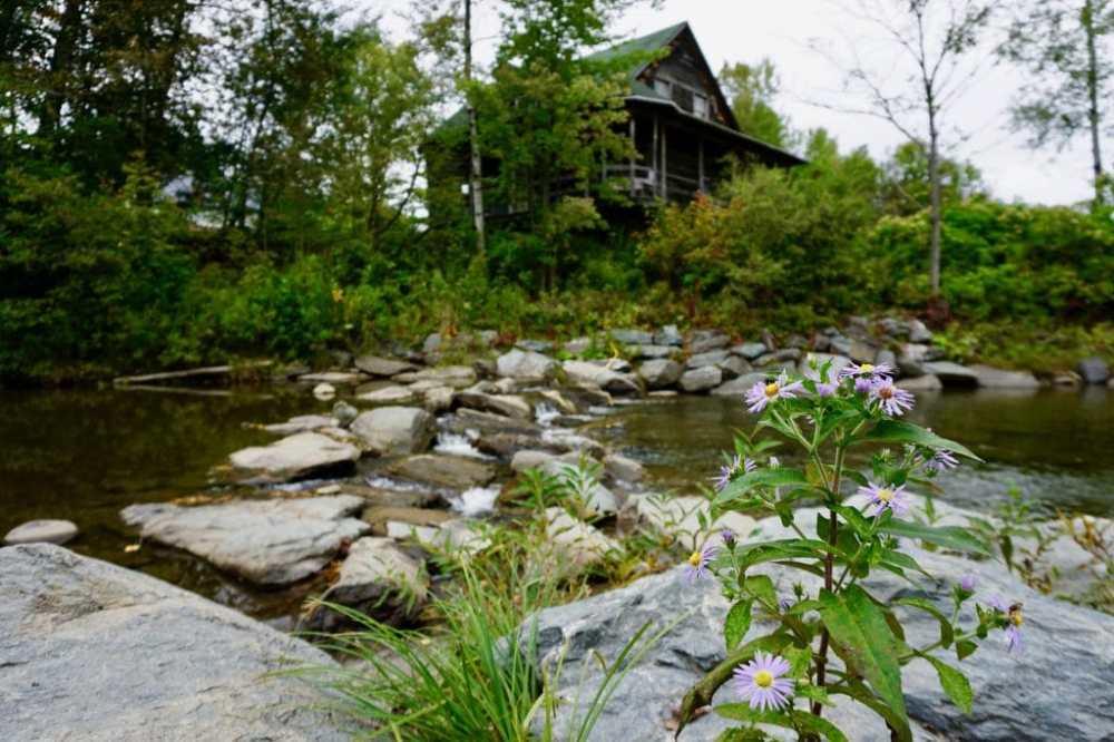 Petit ruisseau dans la municipalité de Kinnear's Mills, Québec