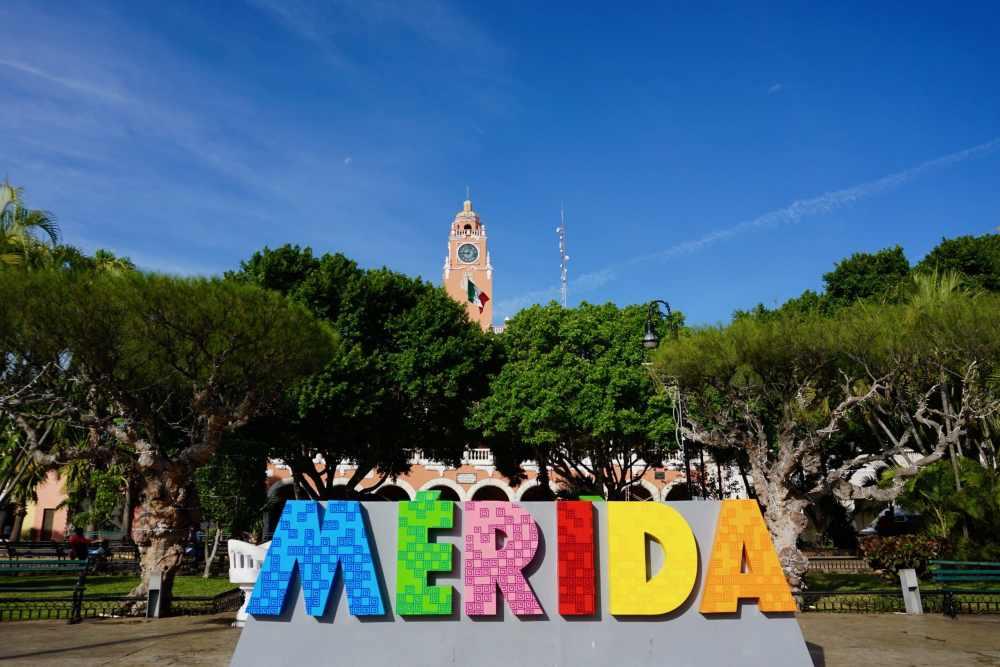 Merida Plaza Grande Mexique