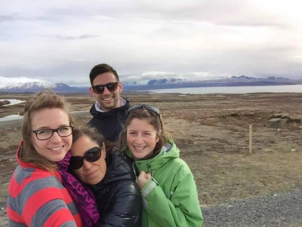 Avec mes amis Nathalie Pelletier, Renee Nadeau et Jeremy Pageau en roadtrip en Islande
