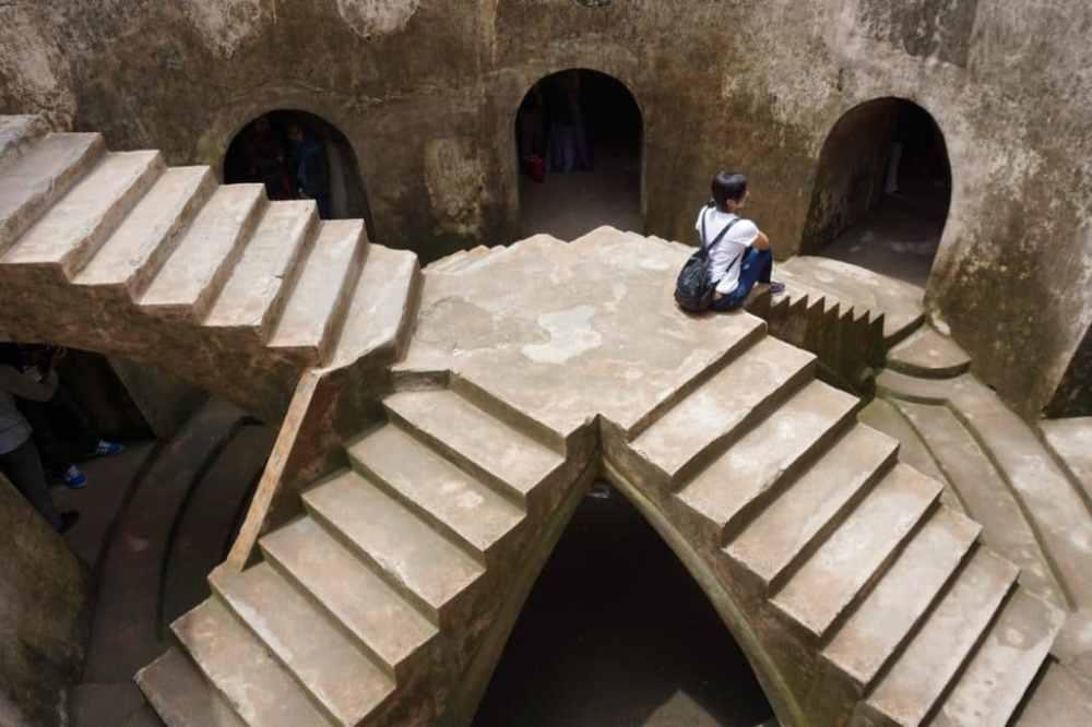 La mosquée sous-terrainne à Jogja au Château d'eau