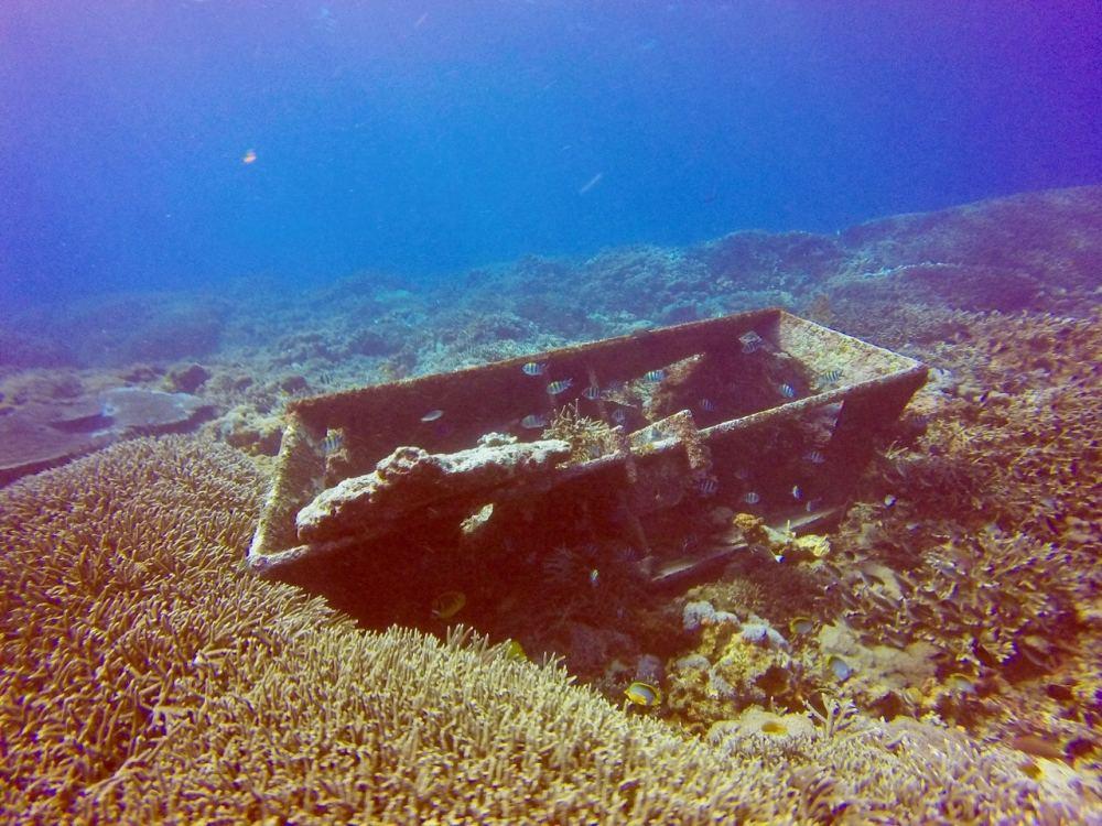 Coffre fond marin plongée Amed Bali Indonésie