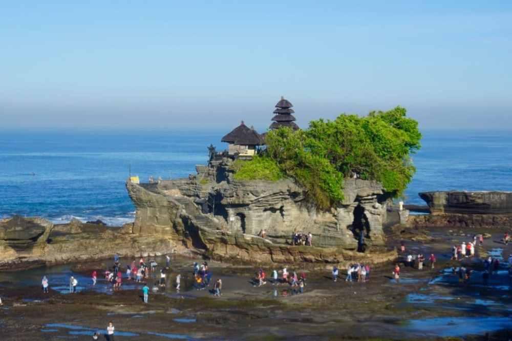 Temple de Tanah Lot à Bali, près de Canggu, Indonésie