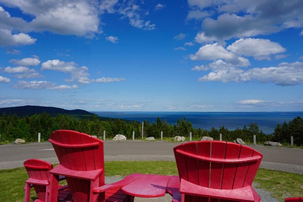 Chaises rouges Parc Canada Parc Fundy