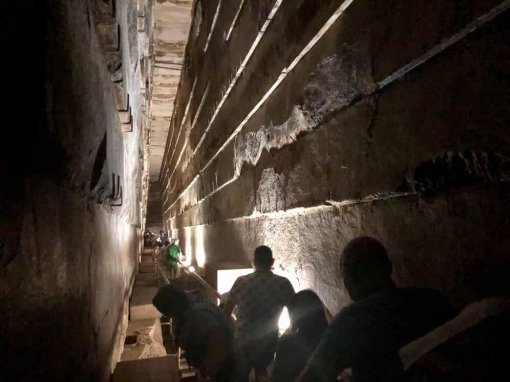 Intérieur de la pyramide de Kheops, Caire, Égypte