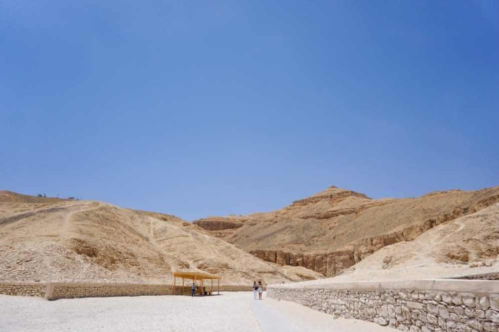 Entrée de la Vallée des rois à Louxor Égypte