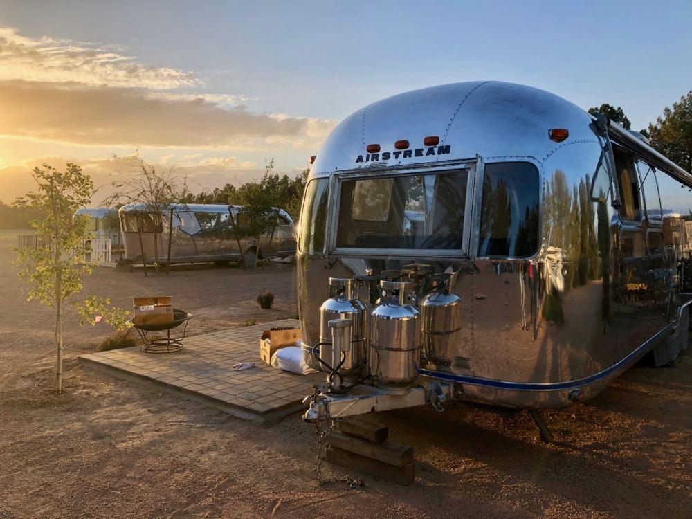 Airstream Vintage où dormir à Mesa Phoenix sur une ferme de pêches