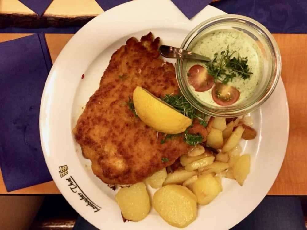 Plat the Schnitzel à Francfort Allemagne