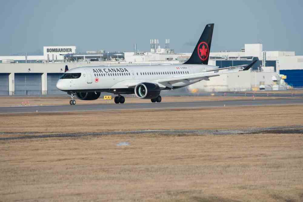 Air Canada Airbus 220