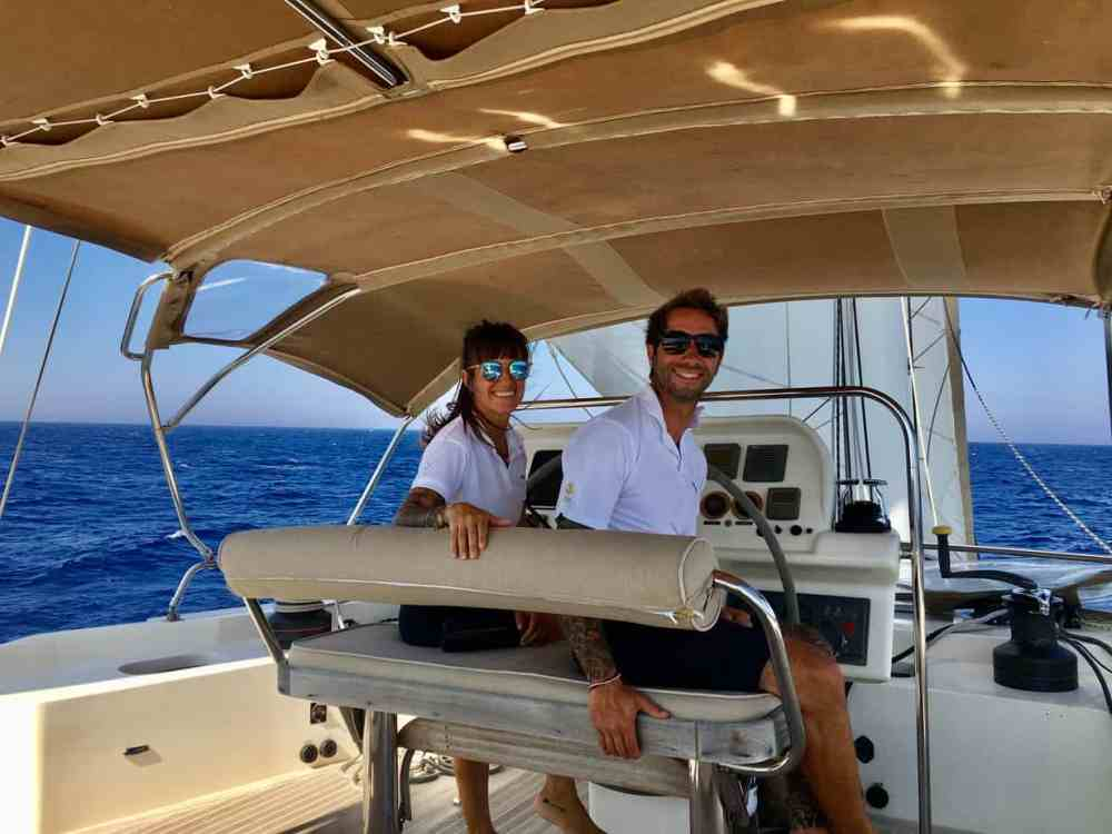 Alexandra et Julien Adraloha à bord Catamaram mer Méditerranée