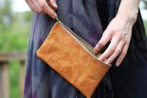 Leather wristlet (cognac)
