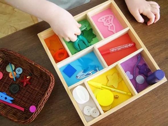 как выучить цвета с помощью подбора предметов