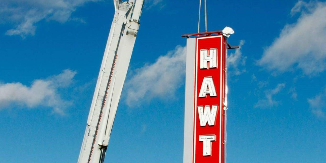 Iconic Hawthorne Sign Back Where It Belongs