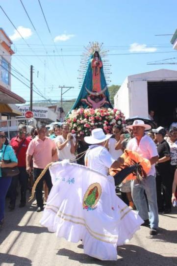 Procesión de la Virgen de Guadalupe. Foto: Diego Fajardo