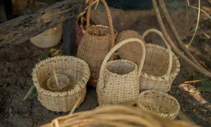 Diversas muestras de cestas elaboradas a mano. Cortesía del Cpac, MCJ.