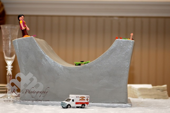 skateboarding wedding cake for groom