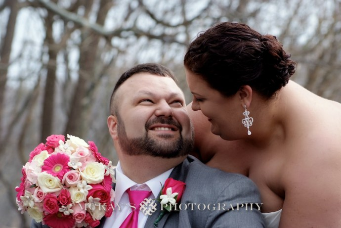 plus sized bride and groom photos and posing