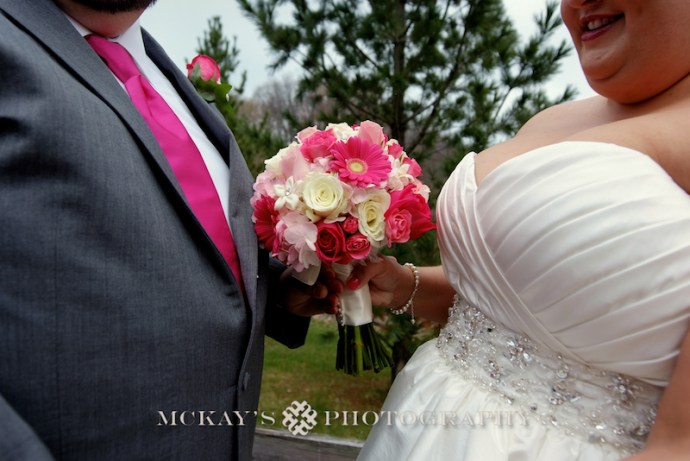 pink gerber daisy wedding bouquet ideas