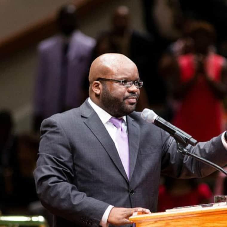 HB Charles Jr warns 'entertainment-driven worship is idolatrous'