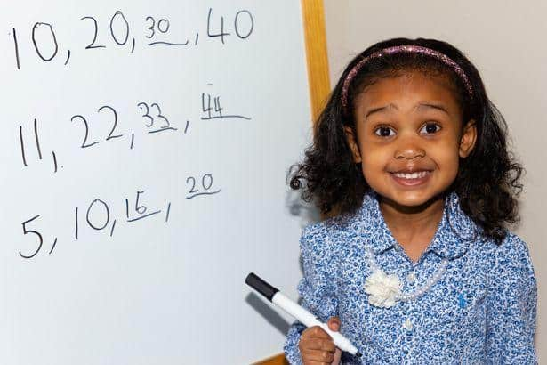 WITH AN IQ SCORE OF 140, 4-YEAR-OLD ALANNAH GEORGE BECOMES ONE OF THE YOUNGEST MENSA MEMBERS