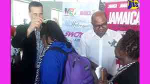 Jamaica Welcomes 196 Passengers on Inaugural Swoop Airlines Flight