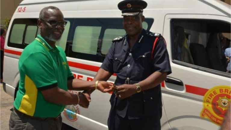 Jamaica Fire Brigade, Governments Partner to Provide Ambulances For Firefighters