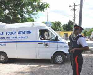 Clarendon: Shooting in Hayes Police Station, Masked Gunmen Entered