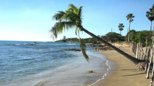 "MoBay Police Warns ""Illegal Couples"" : [Using] the Beach at Nights is DANGEROUS"