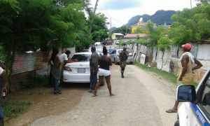 VIDEO: POLICE DETAINING A RESIDENT IN ROSE HEIGHTS MONTEGO BAY