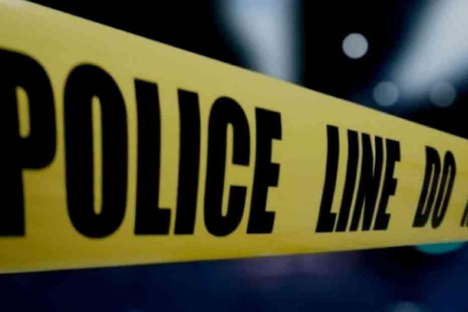 Police Kill Two in Hunt's Bay