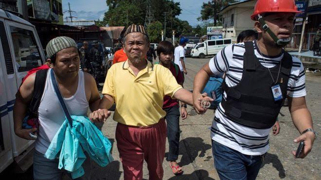 marawi civilians trapped